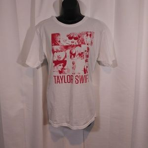 Taylor Swift graphic tee. Sz medium